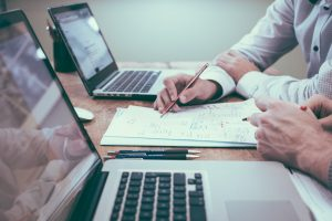 Errores que debes evitar al emitir tus primeras facturas como autónomo